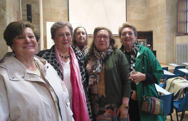 antiguas alumnas con EncarnaGlez