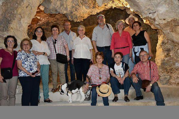 oncemayo cuevas