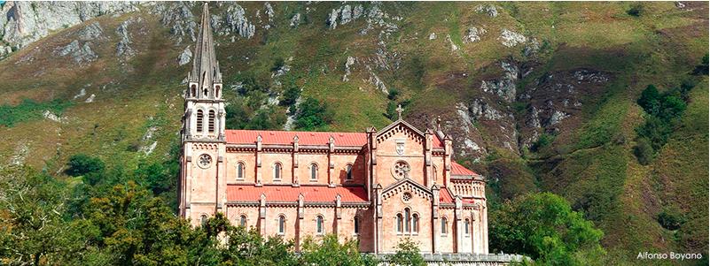 Vamos todos en peregrinación a Covadonga un año más